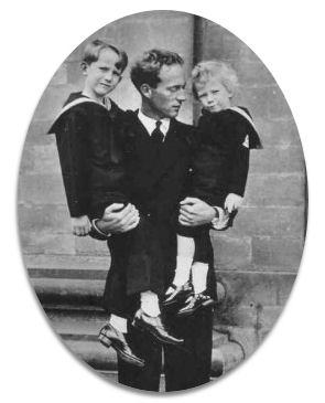 avec mes fils, Baudouin et Albert en 1935